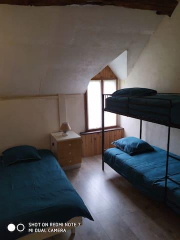 Espace nuit 3 couchages de 90cm