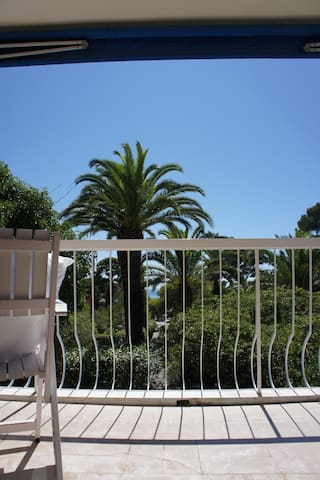 Lovely appartement in a green area - Saint-Cyr-sur-Mer - Apartment
