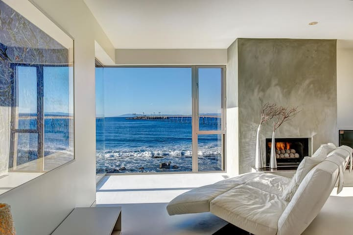Stunning 3BR Luxury Oceanfront Home in Ventura, Private Pool
