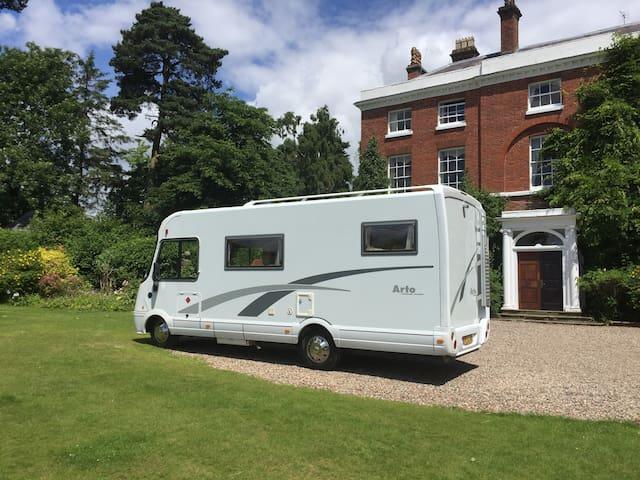 Luxury Motorhome/RV  for exploring the UK - Truro - Wóz Kempingowy/RV