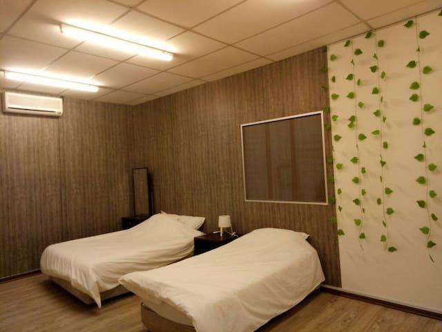 QHomeStay105 - Taman Mount Austin (Johor Bahru)