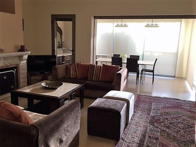 Charming & Spacious Apartment - Broummana