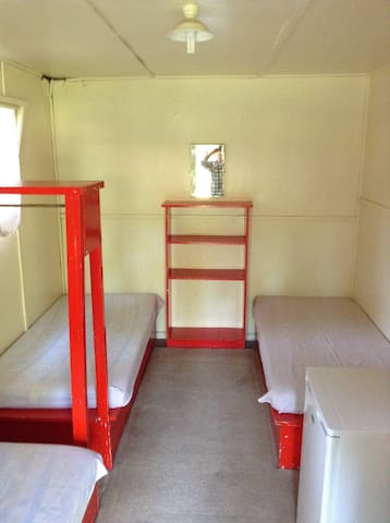 Private Cabin Room - Triple Single Beds - Bright - Cabin