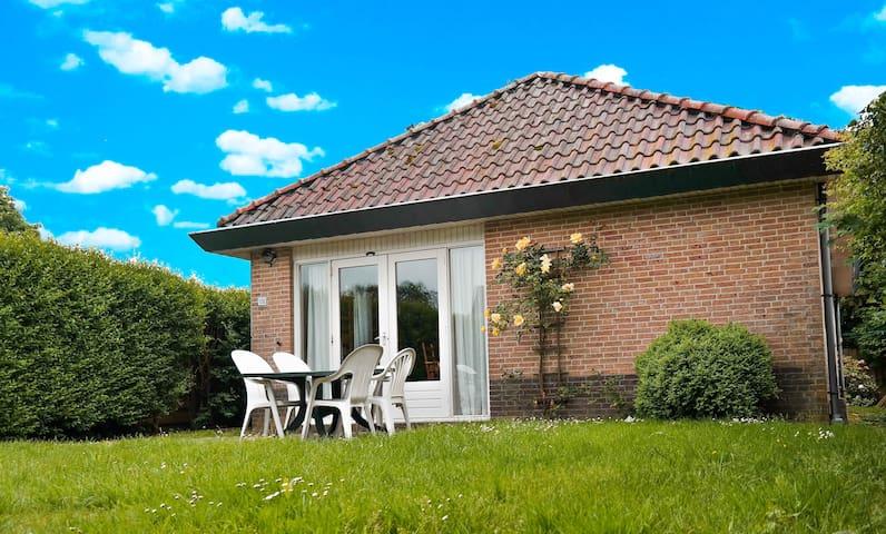 6 Pers. Haus in Oostmahorn Nähe Lauwersmeer