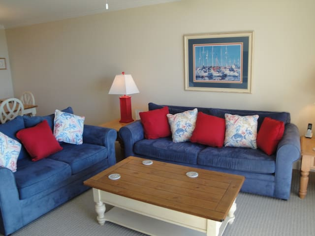 Living Room at 2203 Island Club
