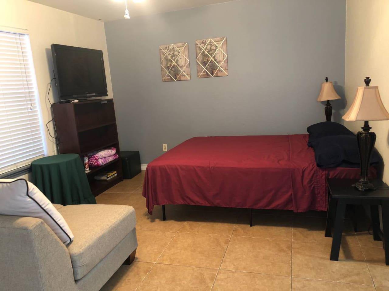 Queen size bed, 40 inch TV, sofa loveseat.