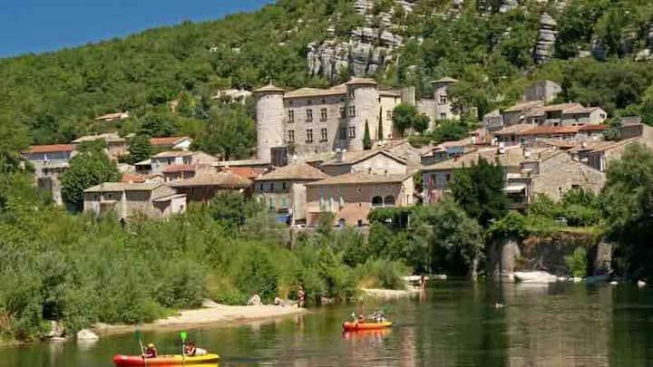 Logement à 5 minutes des gorges de l'Ardèche.