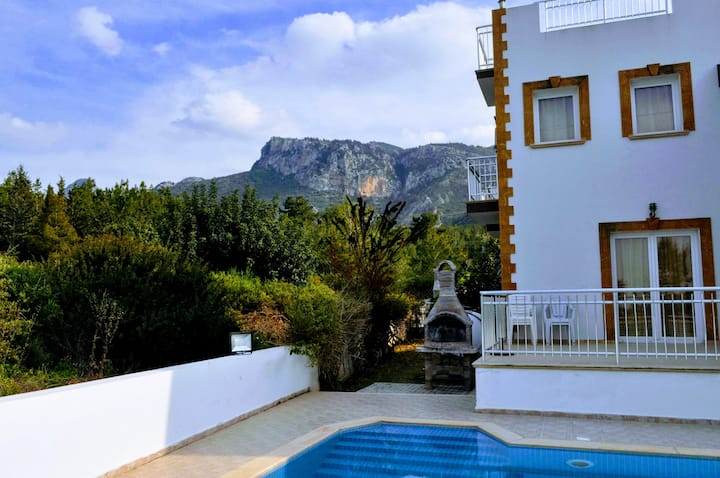 Cyprus Mountain Villa with Pool in Catalkoy