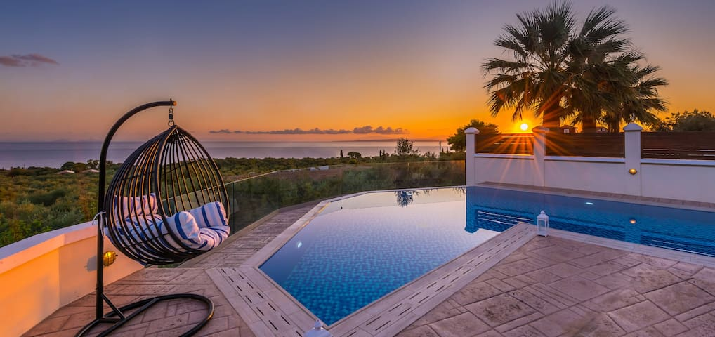 Frido Luxury Villa 600 sqm
