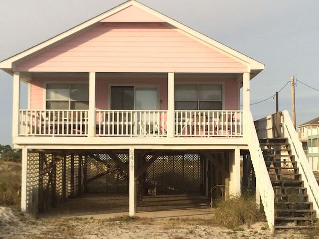 The perfect beach house for your beach vacation!