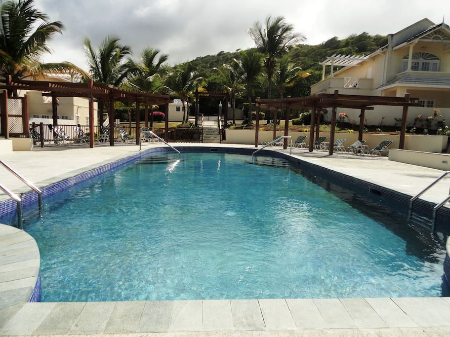Common pool, just a few yards/meters away from the villa