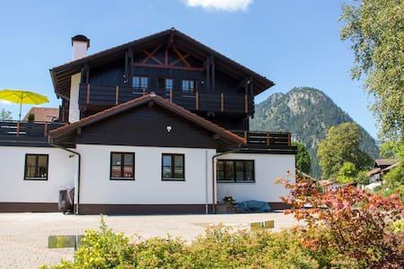 Ferienwohnung Allgäu Style Kienberg mit Bergblick - Pfronten