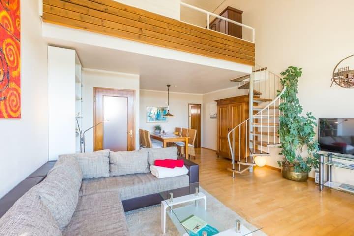 Ferienwohnung Seesucht, (Gaienhofen), 3-Zimmer-Galeriewohnung, 72 qm, Balkon und Seesicht, max. 4 Personen