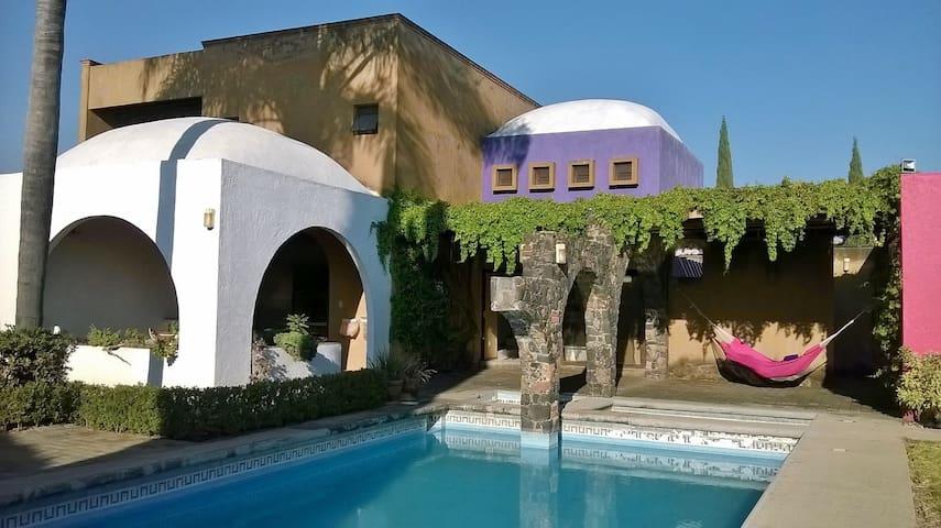 Moderna casa con un diseño minimalista - Tlayacapan - Hus