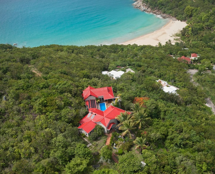 Magic Castle Villa on 2.5 Acre Private Estate
