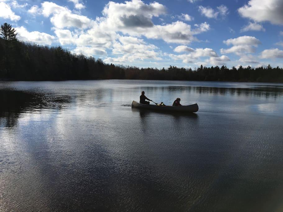 Canoe (April-Nov)