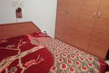 Спальня (двух спальная кровать)