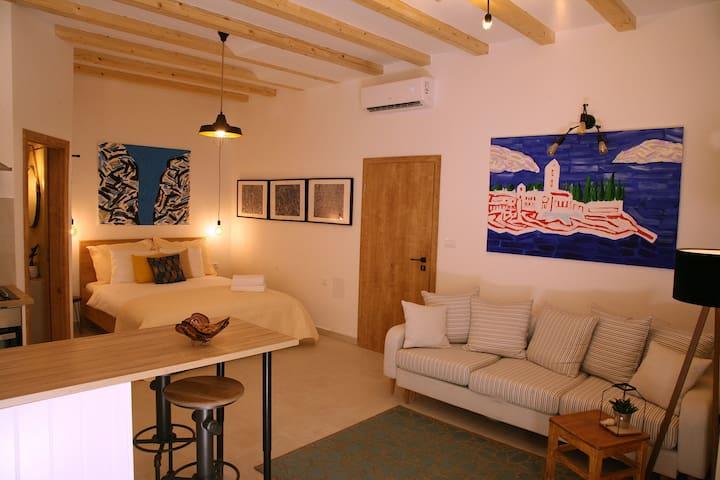 House Bava - 4* Studio Apt Stone