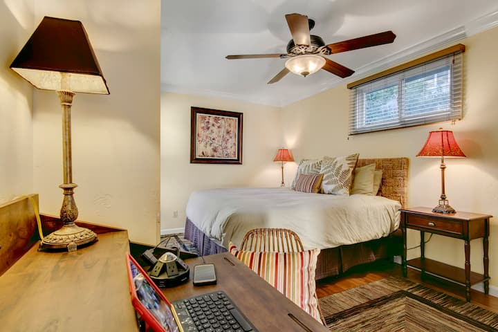 NO CLEANING FEE Balboa Room - Hillcrest House Bed & Breakfast