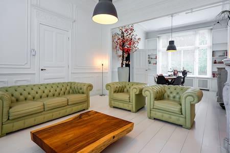 Luxurious Villa in Koewacht with Garden