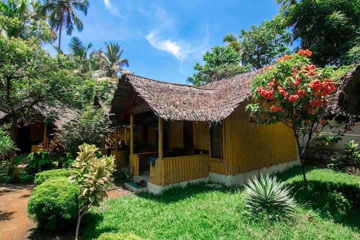 Basic Bamboo Cottage near Varkala beach