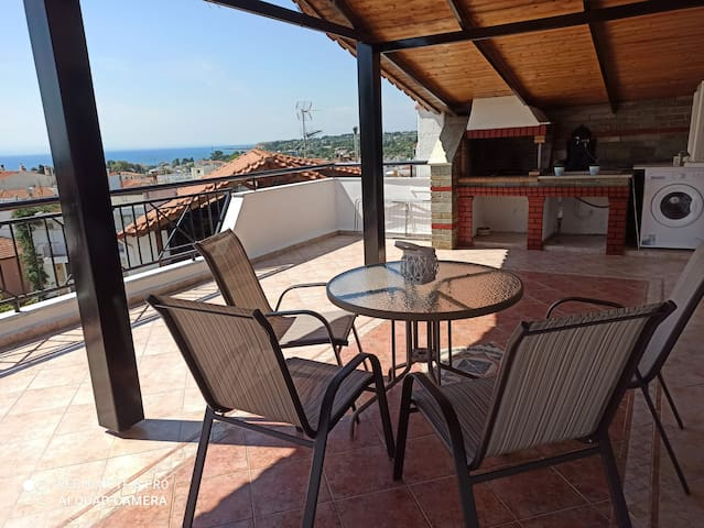 Olympus and Sea View Loft with Great Balcony