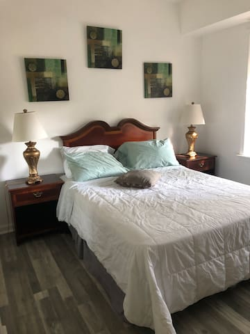 Two Bedrooms Apartment near Capitol Hill