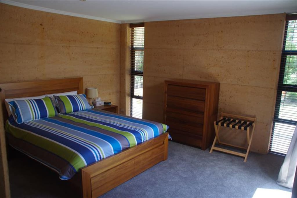Bedroom number 1. Large bedroom, containing a queen size bed. Very bright and airy.