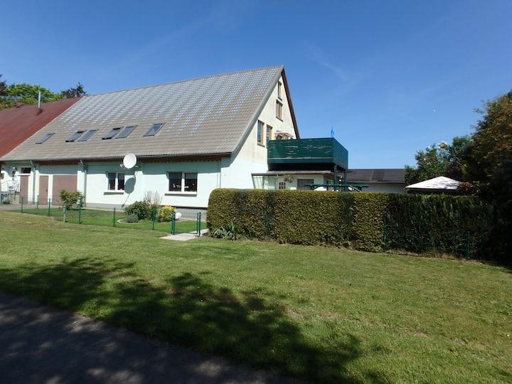 Ruhige Ferienwohnung Nähe Bodden / Darß / Ostsee