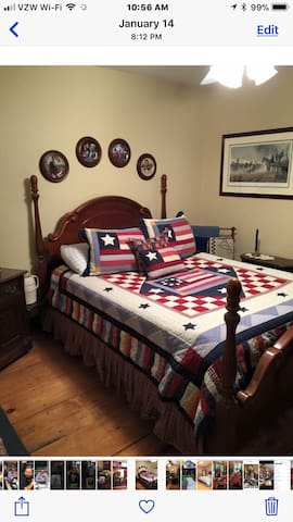 Americana Room, RED ROOSTER INN