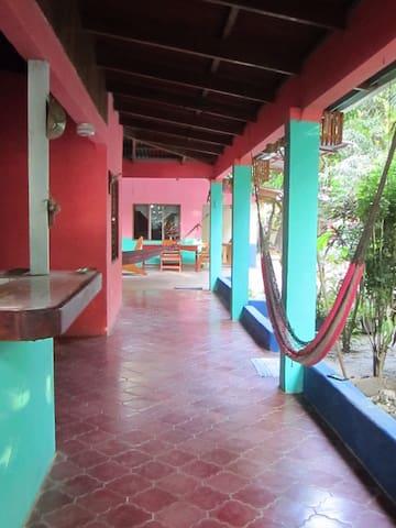 Casa Cambute, Rustic Beach house. - Nosara  - Huis