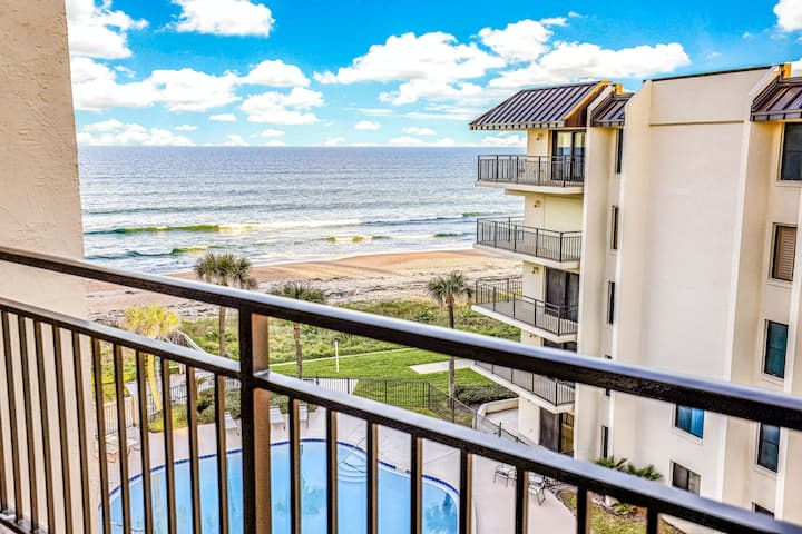 Beautiful Beach Home w/Private Balcony, Free WiFi, Shared Pool, Beach Access!
