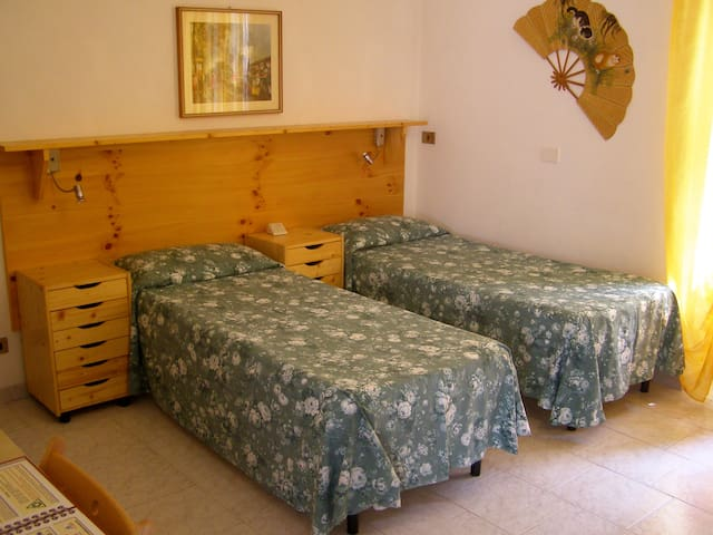 L'Antico Borgo Double room/Villa - Caprie - Bed & Breakfast