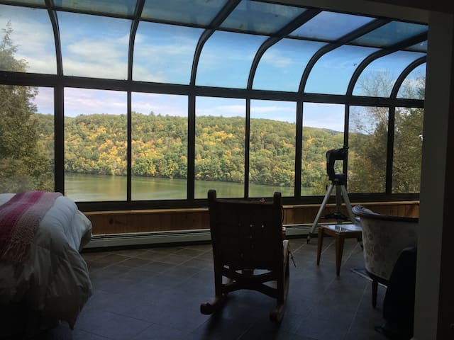 The Villa at Narnia on Lake Zoar