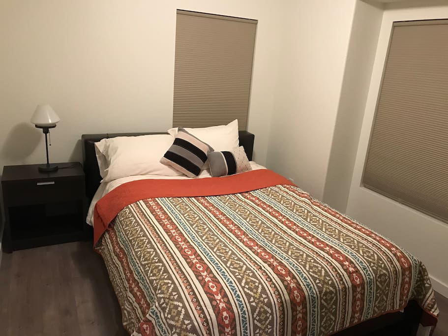 Bedroom 2 - spaced privately for 2 families - Floor1