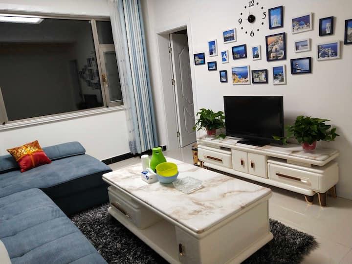 地中海风格两居室。