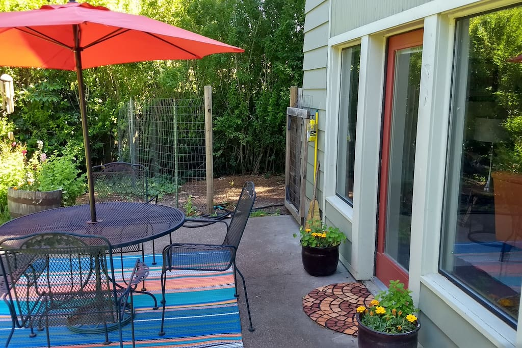 Patio with entrance