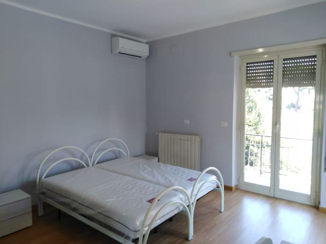 big bright double bedroom in Rome