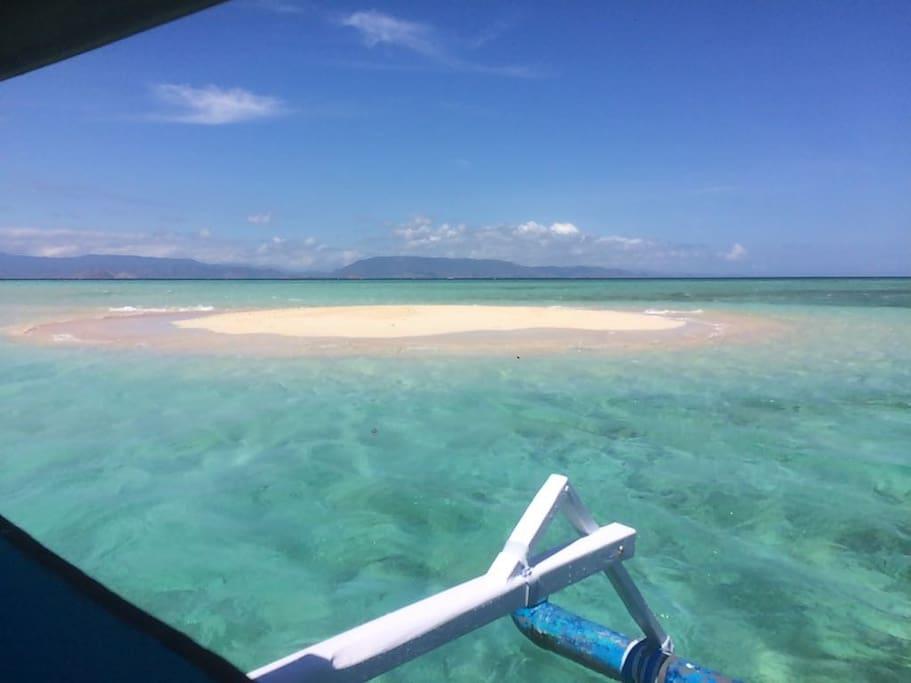 Boat trip to Gili Kapal