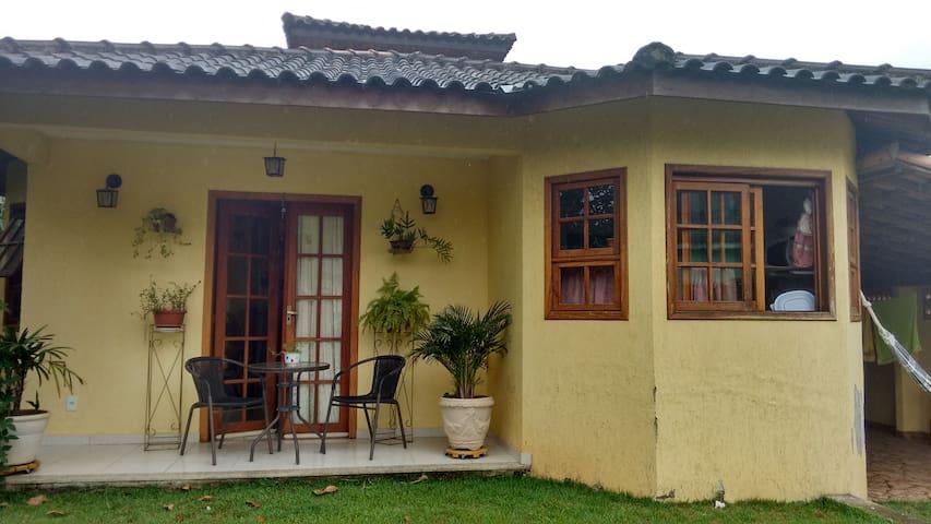 Casa Amarela - Aldeia Velha - Dom
