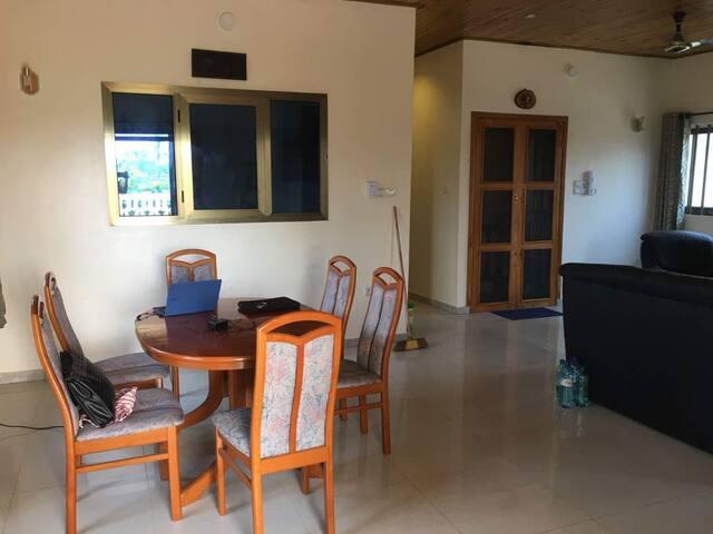 Appartement meuble et securise a Porto Novo