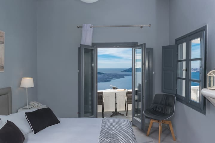 NONIS double sea view room-fira caldera - Thira - Apartment