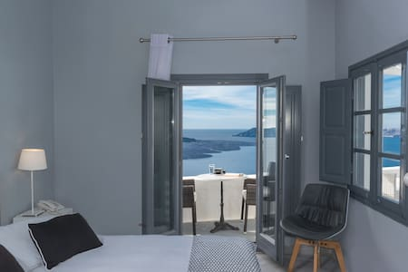 NONIS double sea view room-fira caldera - 錫拉 - 公寓