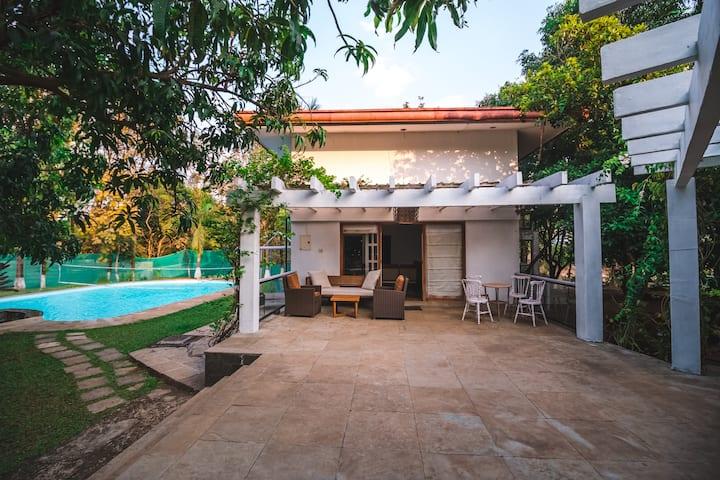 4BHK Villa w/ Pool+Lawn - Karjat nr Adlabs Imgaica
