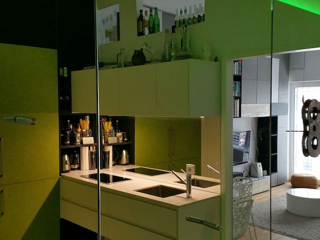 kleines Design-Domizil Linz Zentrum - Linz - Appartement