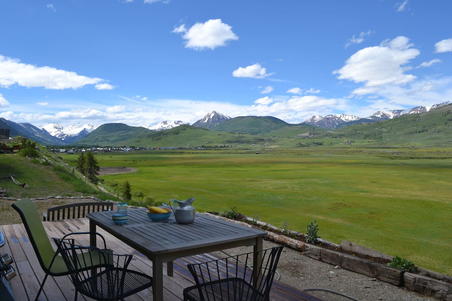 Enjoy a meal, or just hanging out on our deck, with stellar views to town, the mountain, and the paradise divide.