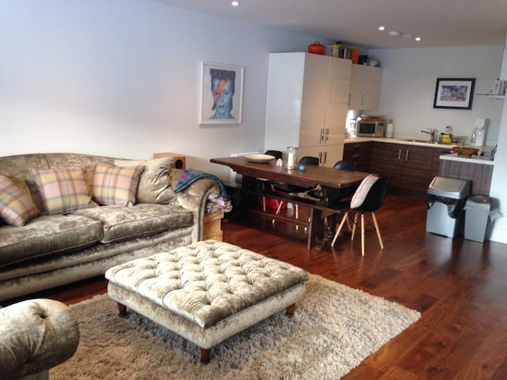 Large 3 bedroom family apartment, Greenwich