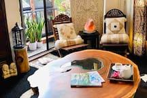 Bali Saurwood.
