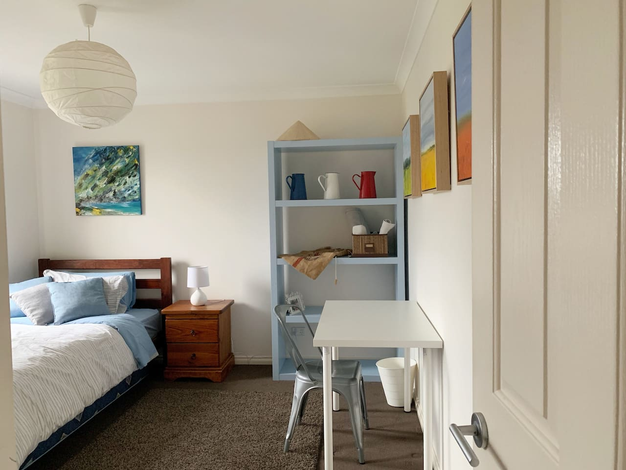 Fully furnished room with a king single bed and everything you need for a pleasant stay