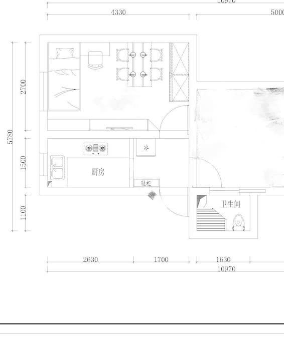 单人卧室平面图与合用的厨房,及过渡厅里的冰箱,卫生间在隔壁房间(合用)